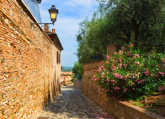 Fotomurales -  Italian street in a small provincial town of Tuscan