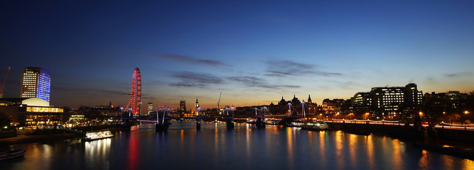 Fototapete - London skyline, night view