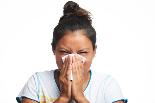 girl with flu virus