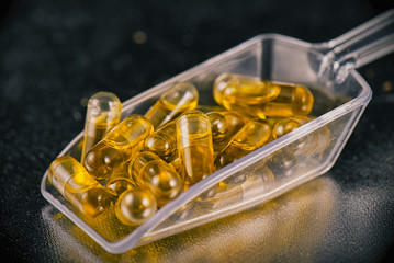 Cannabis extraction capsules infused with shatter