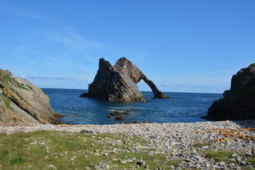 Bow Fiddle Rock and beach