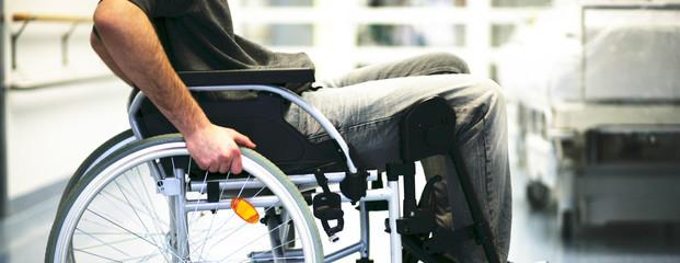 Rollstuhl in der Klinik