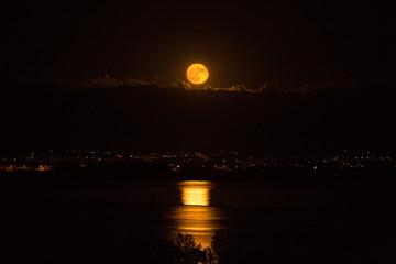 Rising Moon reflection