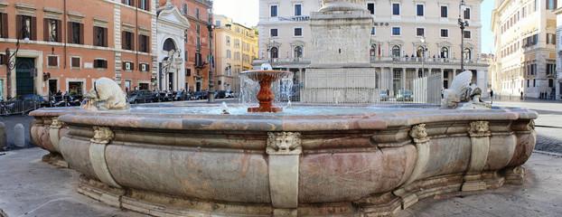 Roma, Fontana di Piazza Colonna