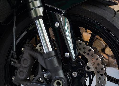 Motorrad Bremse - Sicherheit im Strassenverkehr