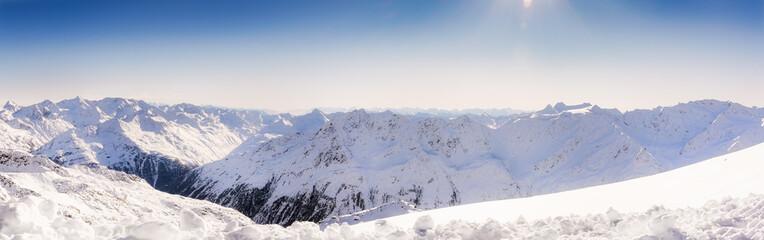 Oetztaler Alpenpanorama im Winter