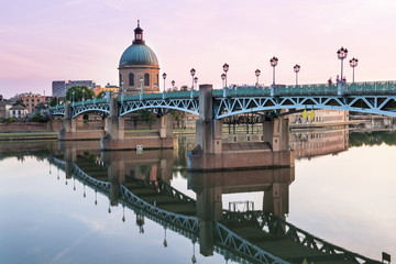 Fotorollo Bridges Toulouse at sunset