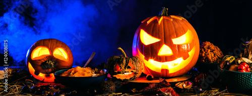 halloween k rbisse stockfotos und lizenzfreie bilder auf bild 124008075. Black Bedroom Furniture Sets. Home Design Ideas