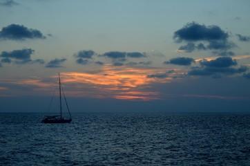 Gün batımı ve deniz
