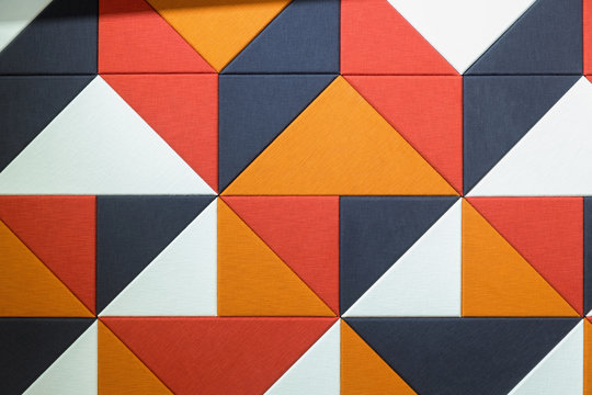 Sound absorbent wall