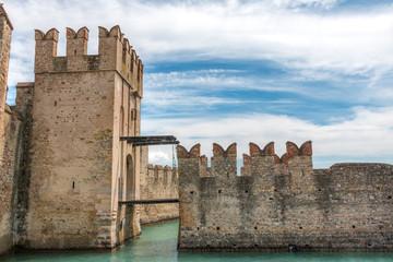 Sirmione château de Scaligera Italie