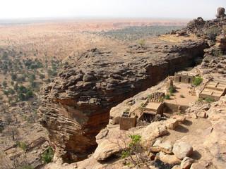 Paesaggio e casa tradizionale in Mali, 2014.