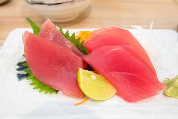 sliced tuna sashimi with lime japanese food