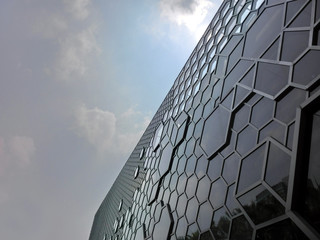 Honeycomb pattern on building window wall