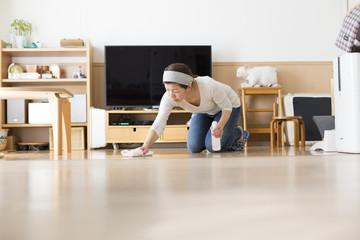 リビングの床掃除