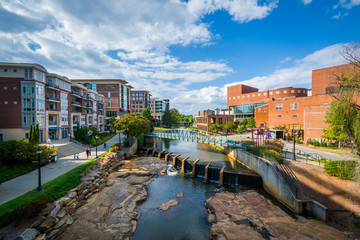 Foto op Plexiglas Cappuccino View of the Reedy River, in downtown Greenville, South Carolina.
