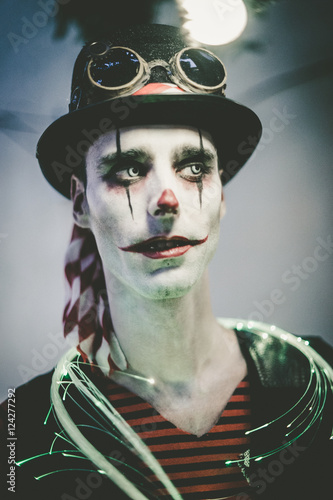 man with halloween make up stockfotos und lizenzfreie. Black Bedroom Furniture Sets. Home Design Ideas