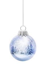 Christbaumkugel mit Schneeelandschaft