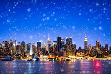 Fotomurales - New York skyline im Winter mit Schnee