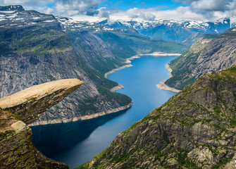 Foto op Aluminium Scandinavië Amazing nature view with Trolltunga and beautiful lake. Norway