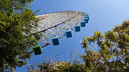 天保山の観覧車と風車
