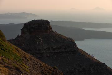 Skaros rock and chruch of panagia theoskepasti at imerovigli