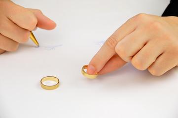 signing the divorce decree