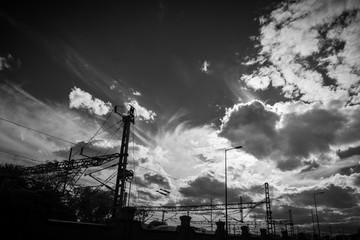 Nubes en blanco y negro, fondo abstracto