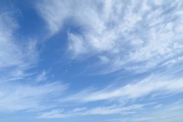 秋のはけ雲素材