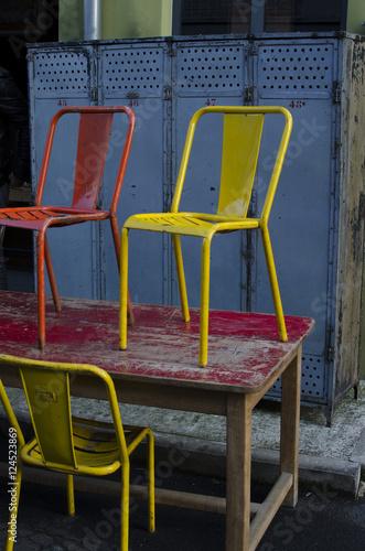 chaise, jaune, rouge, metal, métal, acier, tole, peint, peinture ...