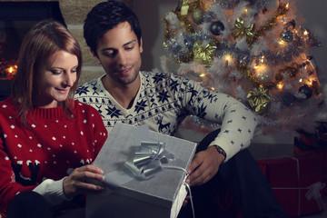 Search photos by rdrgraphe - Cadeau pour jeune couple ...