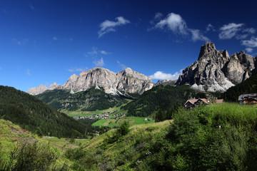 hiking on Dlomites mountains