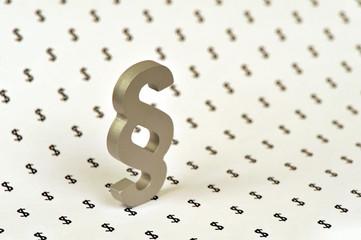 Paragraf, Dollar, Geld, Bestechlichkeit, Korruption, Symbol, Geldwäsche, Steuerrecht, Deal, Schmiergeld, Bestechung, Vertragsrecht, Finanzen, Finanzamt, Steuern, Justiz, Kriminalität, Rechtsbeugung