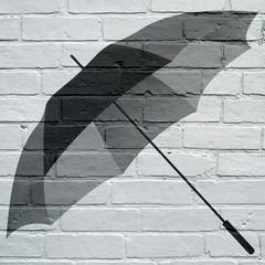 Art urbain, parapluie
