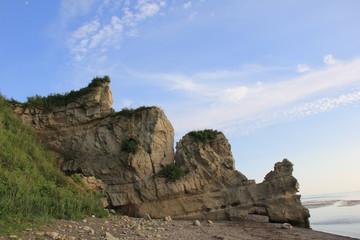 くぐり岩(北海道)