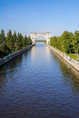 Шлюз углической ГЭС, Россия