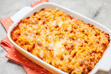 Mac and cheese with ham, pumpkin
