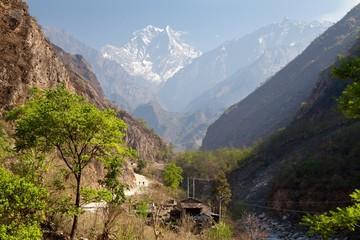 Fototapete - Kali Gandaki Gorge near Tatopani Village, Mustang, Nepal