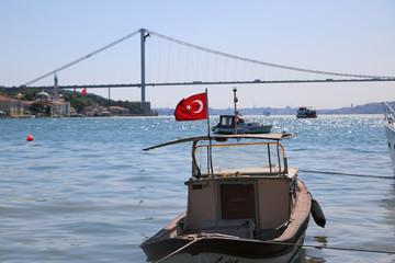 İstanbul Boğazı Gemi ve Bayrak