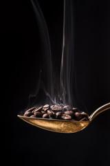 Tuinposter koffiebar cucchiaio fumante con chicchi di caffè