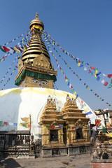 Stupa Bodnat, flags and flowers in Kathmandu