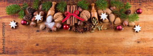 weihnachten hintergrund gew rze und zutaten auf holz. Black Bedroom Furniture Sets. Home Design Ideas