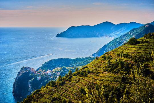 Dramatic coastline of Cinque Terre / Ocean View in Liguria - Italy