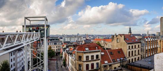 Vue de Bruxelles depuis la place du Palais de Justice