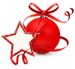 Rote Weihnachtskugel mit Schleife und Stern Etikett, Glitter Rand rot