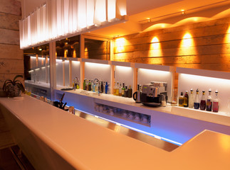 Wine bar design for after work time