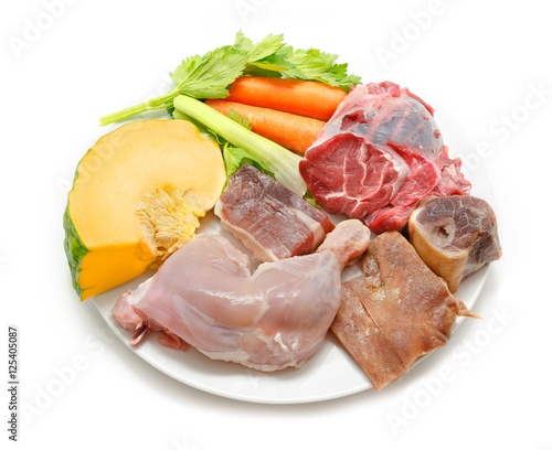 Typical spanish cuisine some ingredients used to prepare for Cuisine 5 ingredients