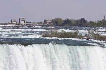 Beautiful image with the amazing Niagara falls