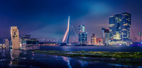 Deurstickers Rotterdam Skyline von Rotterdam bei Nacht