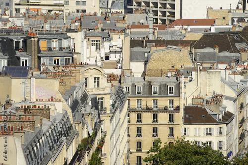 Vue sur les toits de paris a view over paris france for Appartement sur les toits paris